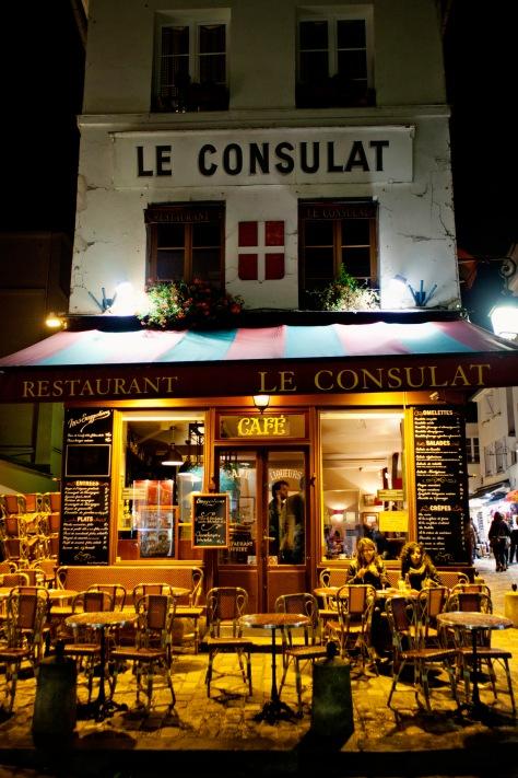 Paris Montmartre Le Consulat